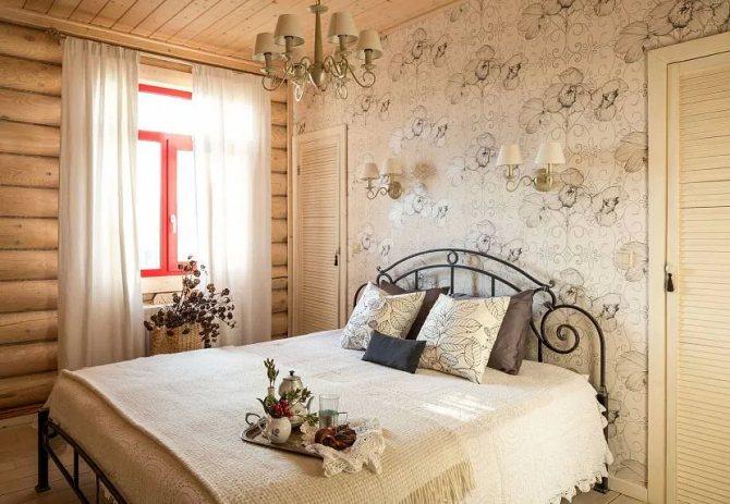как красиво заправить кровать в спальне